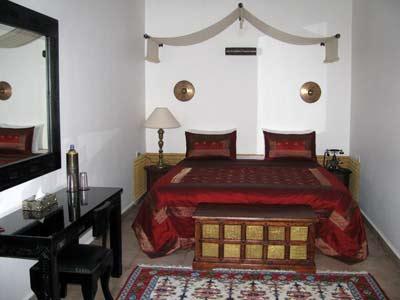 elkhan hptel bedroom
