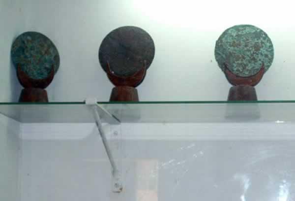 bronze mirrors punic