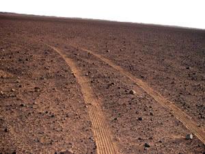 Daraj Adiri desert Route through alhamada alhamra