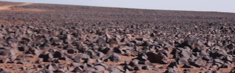 Methkhendoush stones covering the ground