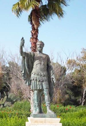 Commanding bronze statue of the Berber Roman emperor Septimius Severus