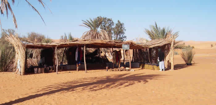Tuareg jewellery shop  Mandara lake, fezzan, libya.