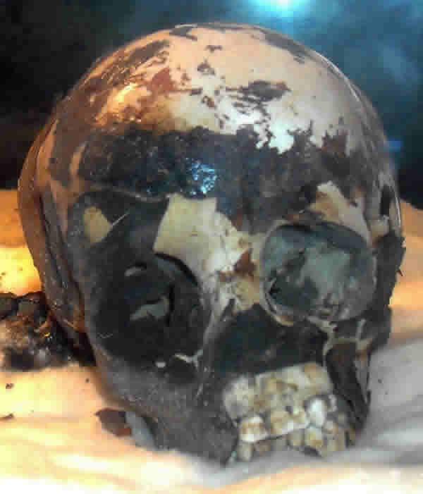 "La ""momia negra"" del Sahara. Wan-muhuggiag-mummy-skull"