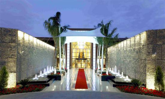 rixos an nasr hotel front