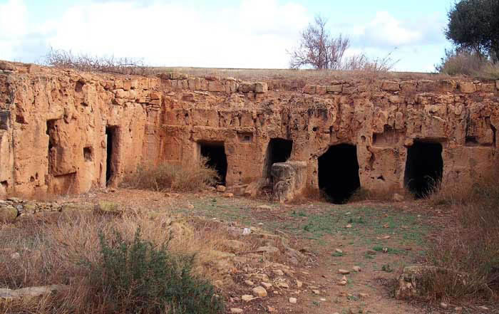 Tokra: caves or grottos