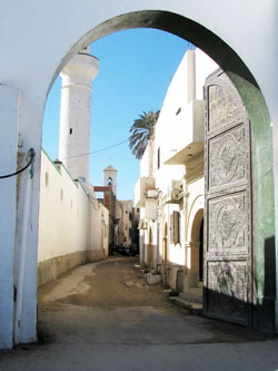 bab albahr: a gate to the old city