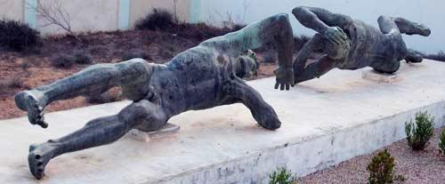 bronze statue sultan